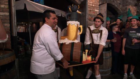 {S}08.{E}05. Die Oktoberfest-Torte
