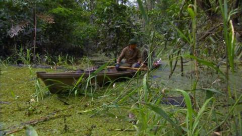 {S}02.{E}06: Am Amazonas