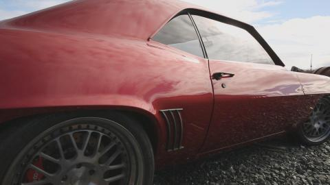 {S}01.{E}05. Chevrolet Camaro