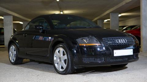 {S}11.{E}10: Audi TT