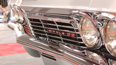 {S}06.{E}01. Carlos Gusman's 1965 Impala