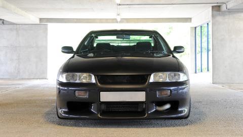 {S}09.{E}11: Nissan Skyline