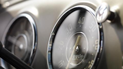 {S}05.{E}15. Wheels Through Time