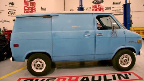 {S}03.{E}16. That 70's Van