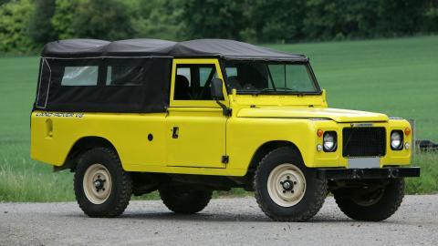 {S}05.{E}04. Land Rover