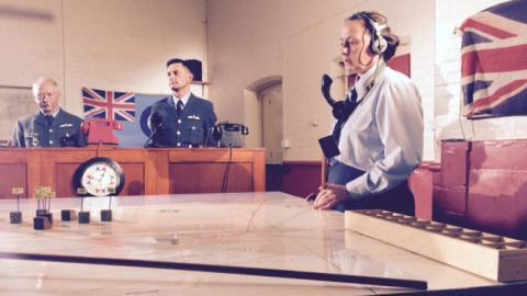 {S}01.{E}04: The Battle Of Britain