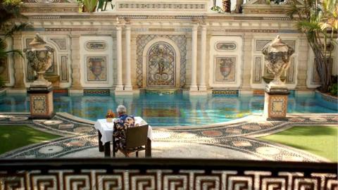 {E}01: Gianni Versace