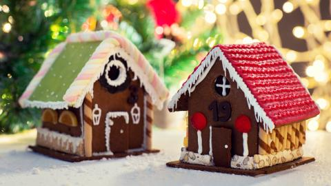 {S}23.{E}12. Gingerbread Houses, Livestock Trailers, Hangar Doors, and Toy Figurines