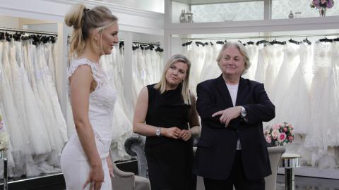 {S}02.{E}22: The Father of the Bride Show