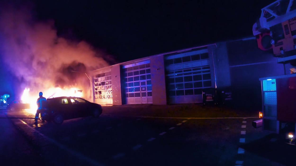 {S}02.{E}08: Großbrand in Delmenhorst