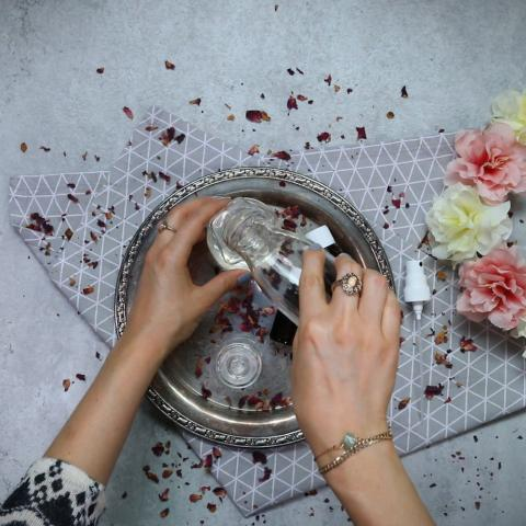 Beauty: Rosen-Lavendel-Deodorant