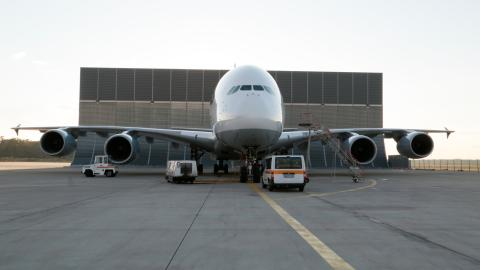 {S}01.{E}03: Airbus A380- Giant Of The Sky