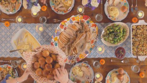 {S}17.{E}07: Festessen zu Thanksgiving