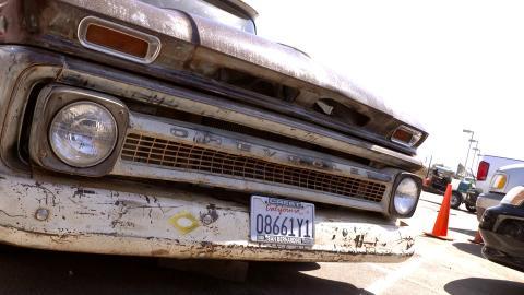 {S}01.{E}06. 64er Chevrolet C10