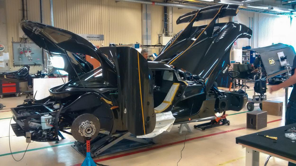 {S}02.{E}12: Koenigsegg One:1