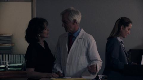 {S}03.{E}04. Der Arzt, dem die Frauen vertrauen