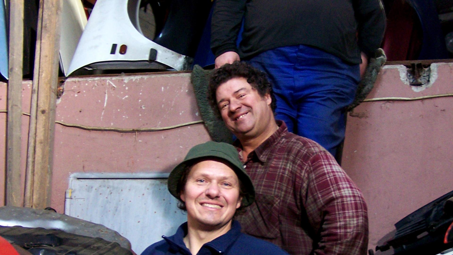Die Ludolfs 4 Brüder Aufm Schrottplatz S01f04 Uwe Wills
