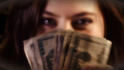{S}02.{E}14: Geld oder Liebe