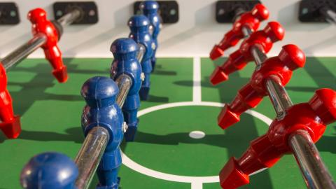 {S}25.{E}08: Foosball Tables, Marseille Soap