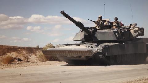{S}01.{E}03: Panzer