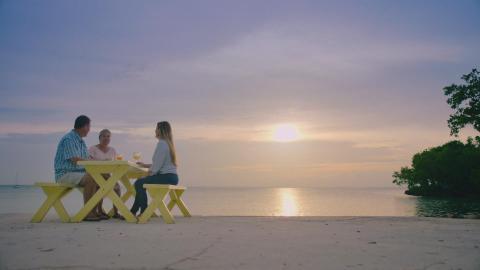 {S}02.{E}05: Endlich Bahamas