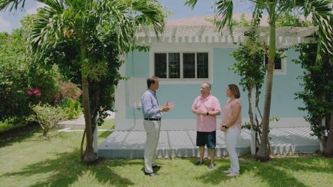 {S}02.{E}12: Es ist besser auf den Bahamas