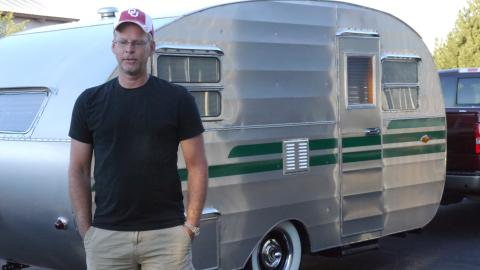 {S}01.{E}06: Tent Trailer Gets Intense