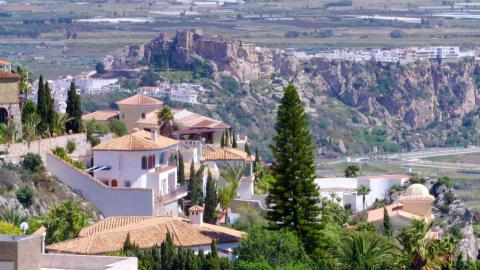 {E}04: Andalusische Immobilienträume