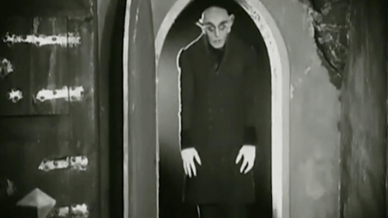 {S}03.{E}06: Die Welt der Vampire