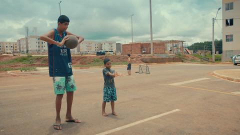 {E}04: Der größte Junge von Brasilien