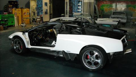 {S}02.{E}16. Lamborghini