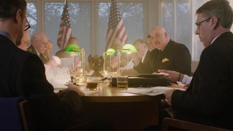 {E}02: Die UFOs und die Präsidenten
