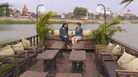 {S}128.{E}10. Aufbruch nach Kambodscha