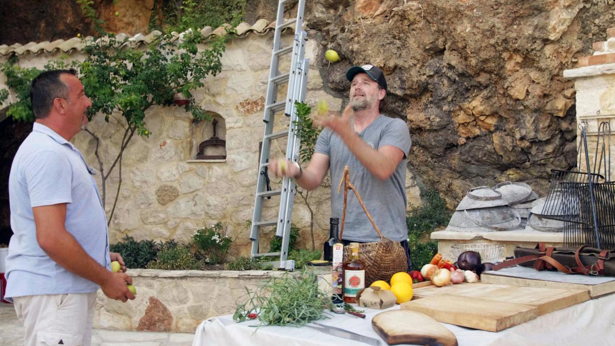 Rezept Folge 10: Kroatisches Grillmenü mit Fisch und Lamm-Peka
