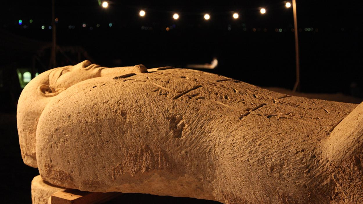 Egypt Live: 2.500 Jahre alter Sarkophag des Hohepriesters