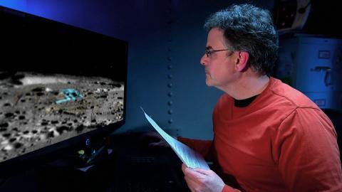 """DMAX Doku: """"Aliens auf dem Mond"""""""