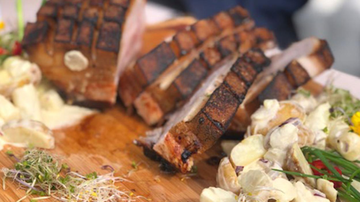 Rezept aus Folge 1: Krustenbraten vom Livar-Klosterschwein