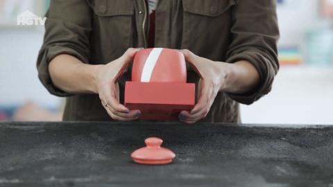 DIY: Keramikobjekte werden stylishe Buchstützen