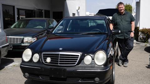 {E}20: Mercedes Benz E55 AMG