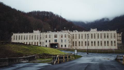 {E}01: Brushy Mountain Penitentiary