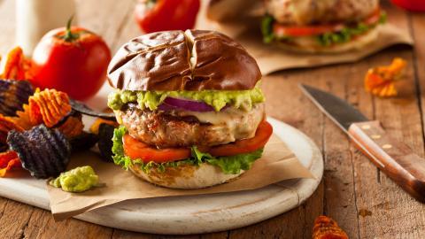 {S}13.{E}12. Burgers 'N' Margs