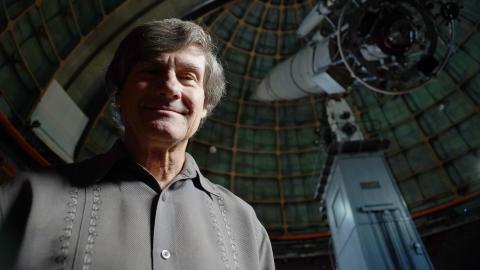 {E}03: Aliens Vs. Stalin At Area 51