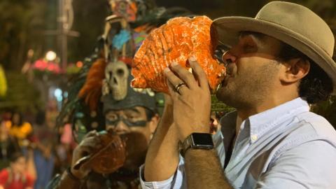 {S}01.{E}04. Mayan Mass Grave Mystery