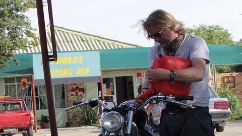 {E}02: South Africa - Johannesburg West To The Kalahari Deserts