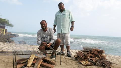 {S}02.{E}13. Fiery Foods In Jamaica