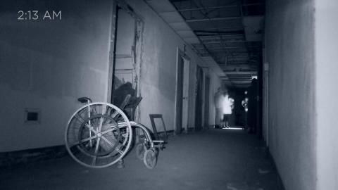 {S}02.{E}02. Yorktown Memorial Hospital