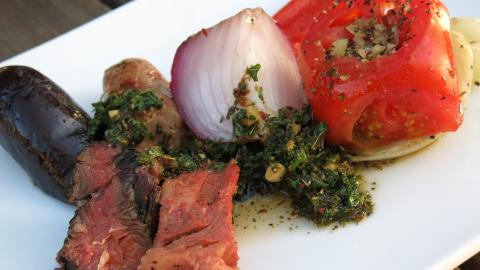 {S}03.{E}08. Carnivore's Cookout In CA