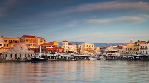 {S}02.{E}79. Winter Sun: Crete
